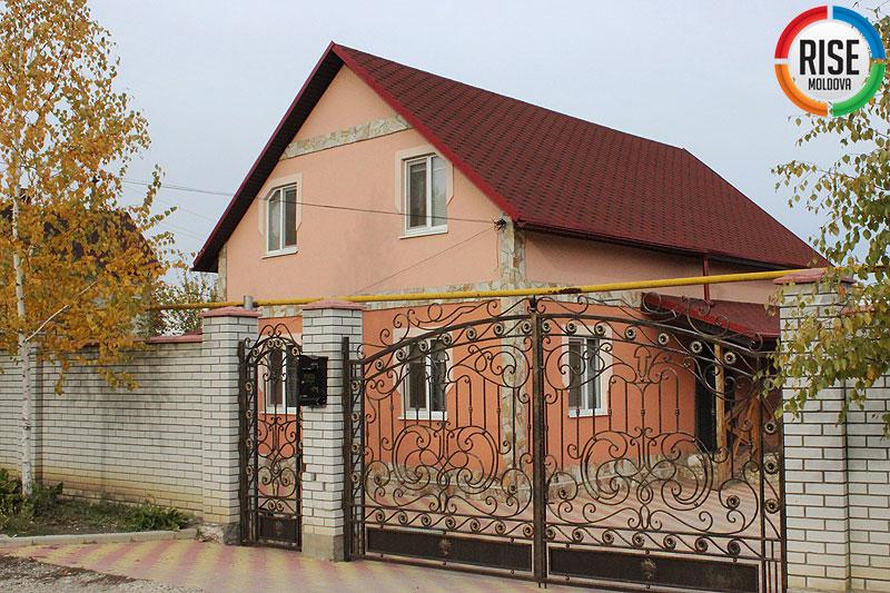 Lilia-Lupasco---Casa-sotului-in-Durlesti