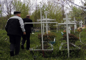 Cimitirul-Valcinet-2