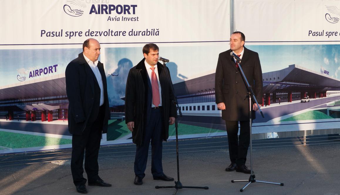 vladimir-tonu-ilan-shor-si-petru-jardan-airport-md-web