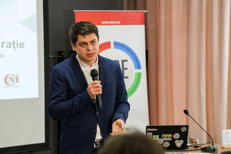 Moise intră în politică - la fel ca alți jurnaliști înaintea lui, de care am uitat - crisan-boncaciu.ro