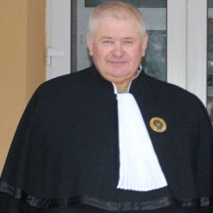 presedintele-judecatoriei-straseni-premiat-cu-ordinul-gloria-muncii-de-catre-nicolae-timofti-1384018517