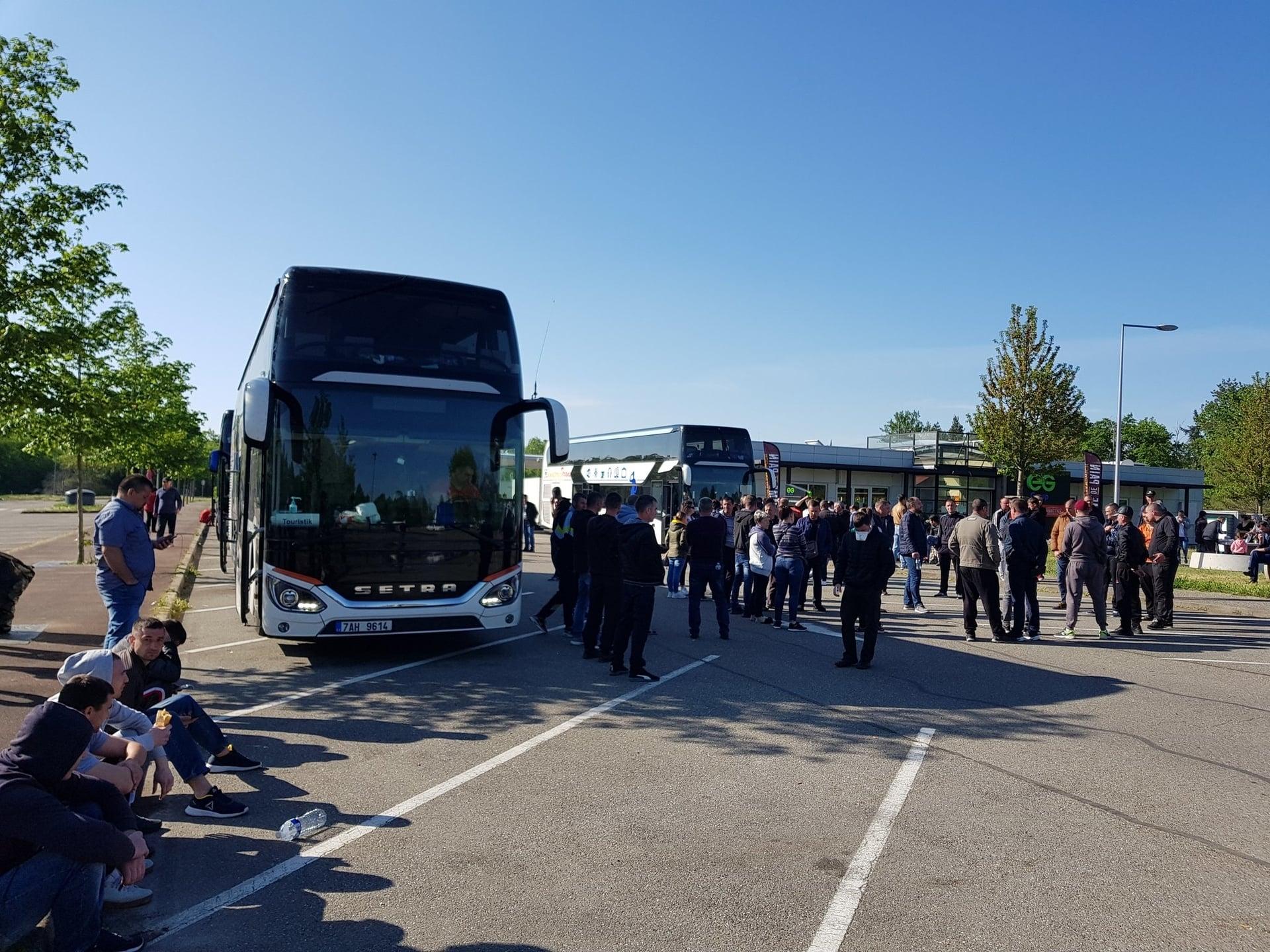 Cetățeni ai Republicii Moldova, blocați în Germani / Foto: Dna.dr